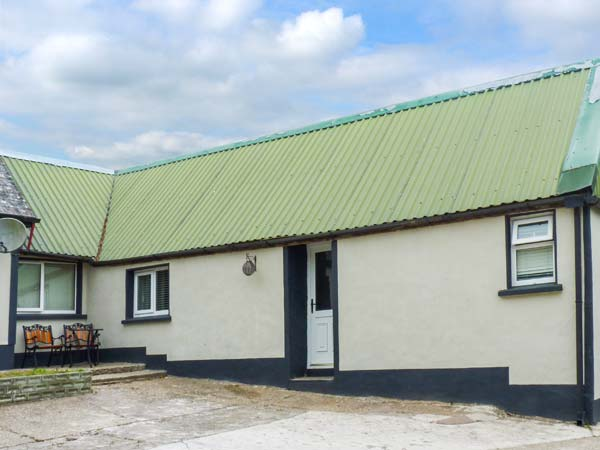 1 bedroom Cottage for rent in Youghal