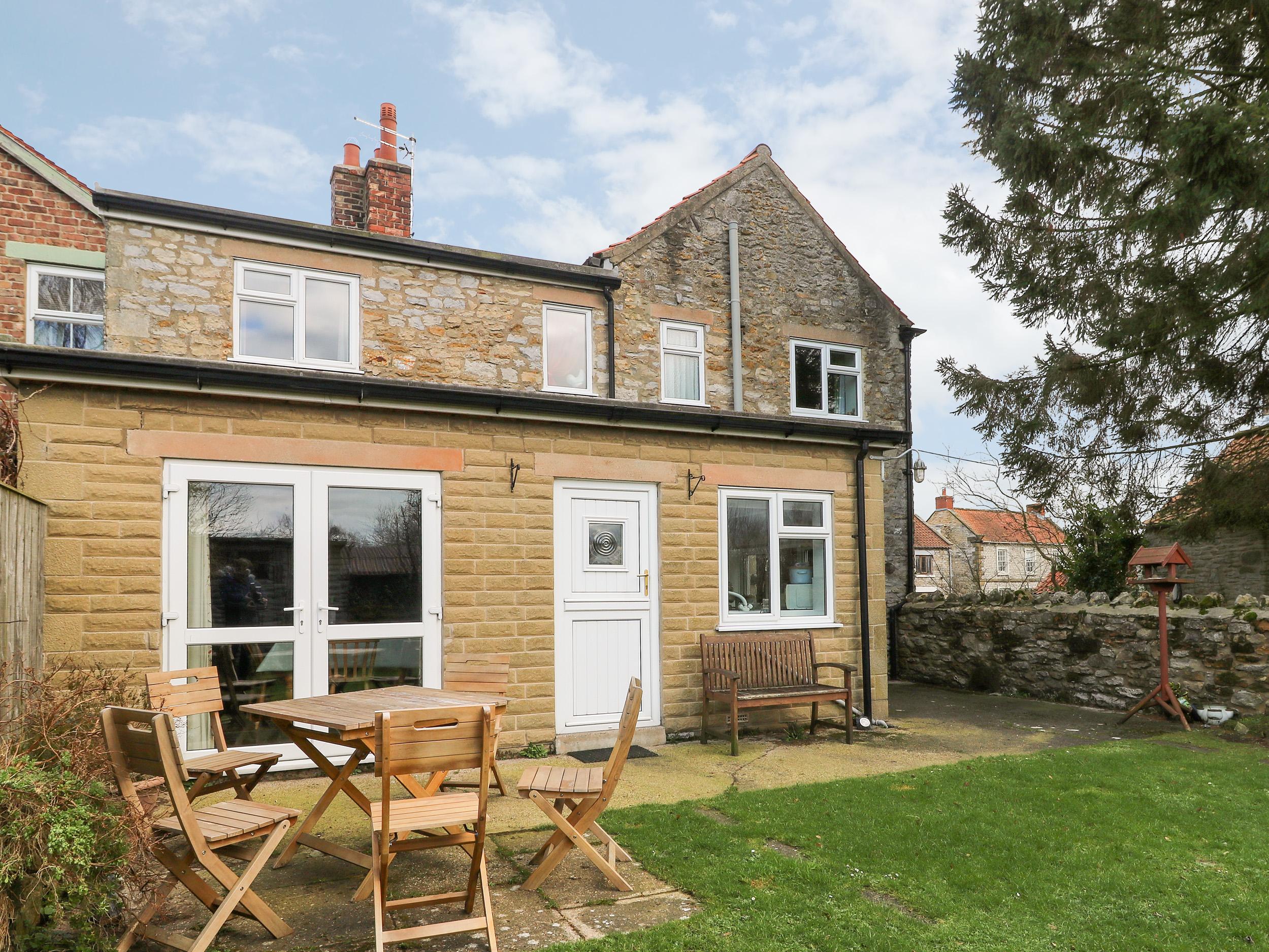 3 bedroom Cottage for rent in York