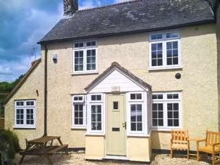 2 bedroom Cottage for rent in Chard