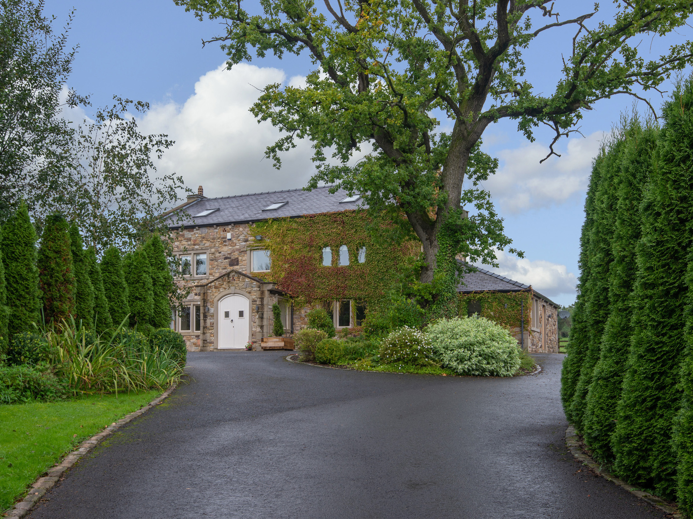 8 bedroom Cottage for rent in Ribchester