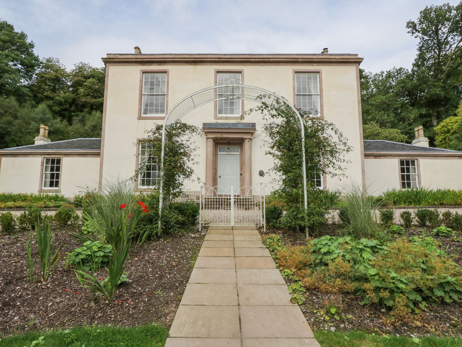 6 bedroom Cottage for rent in Isle of Bute
