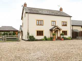6 bedroom Cottage for rent in Denbigh