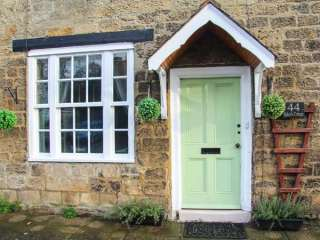 2 bedroom Cottage for rent in Richmond