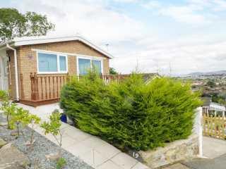 2 bedroom Cottage for rent in Penrhyn Bay