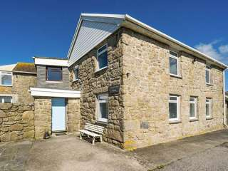 4 bedroom Cottage for rent in Penzance