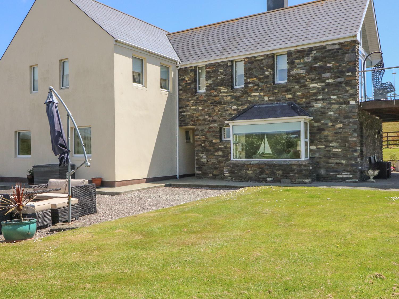 4 bedroom Cottage for rent in Castletownshend