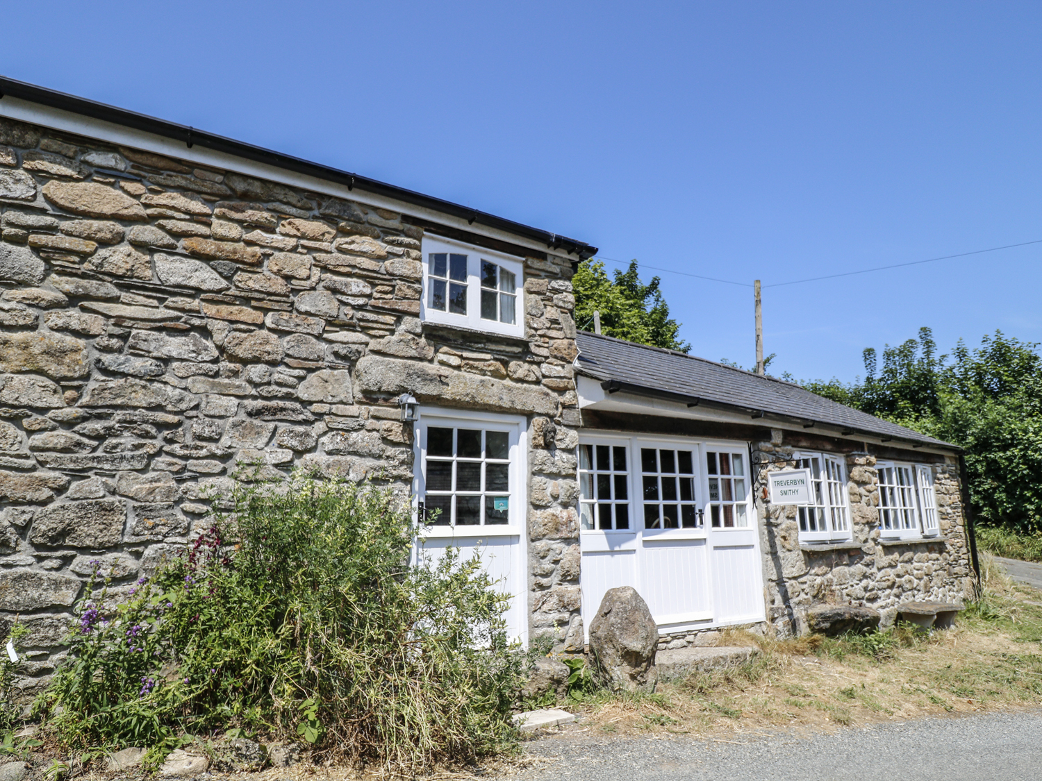 2 bedroom Cottage for rent in Saltash