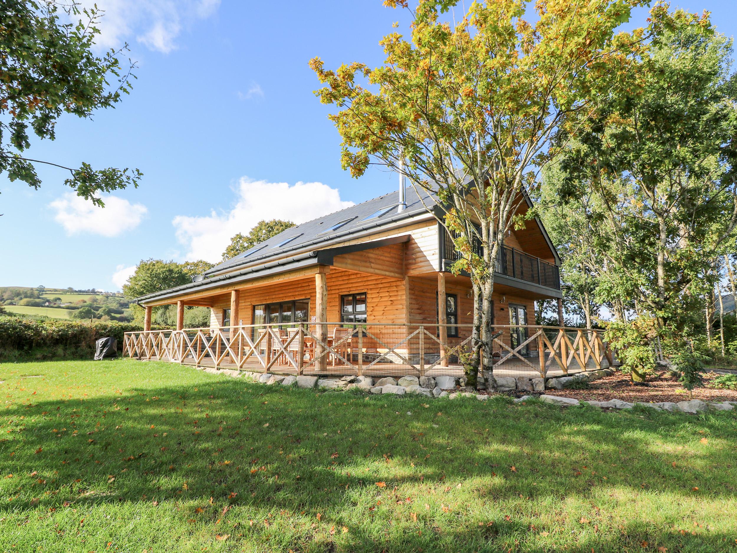 4 bedroom Cottage for rent in Rhayader