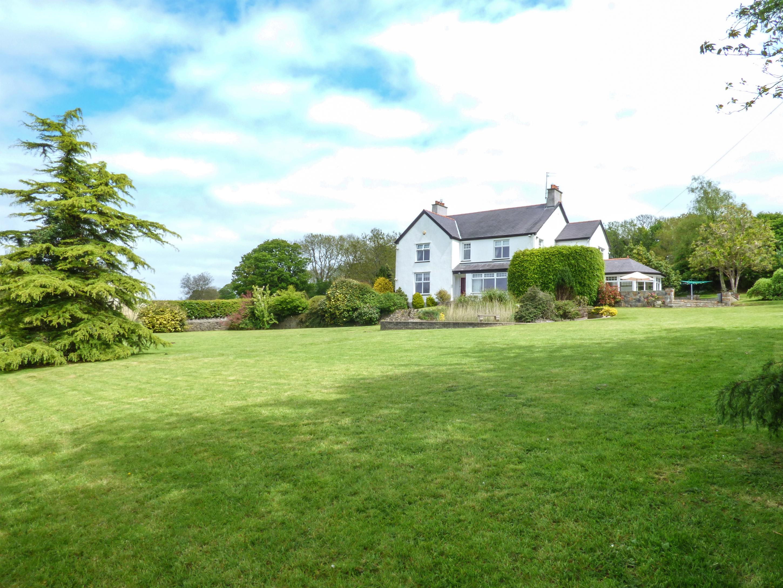 5 bedroom Cottage for rent in Llangefni