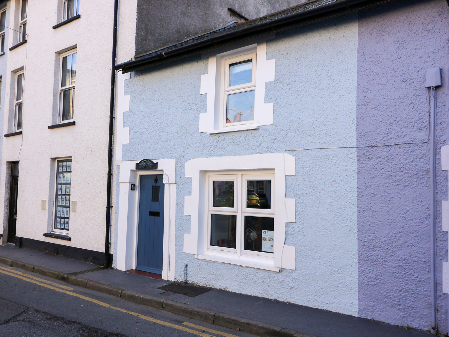 2 bedroom Cottage for rent in Aberdovey