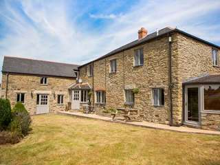 5 bedroom Cottage for rent in St Agnes