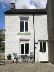 1 bedroom Cottage for rent in Bradwell