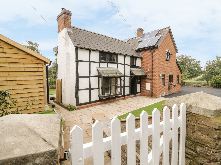 3 bedroom Cottage for rent in Leominster