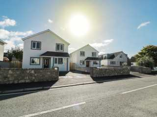 4 bedroom Cottage for rent in Trearddur Bay