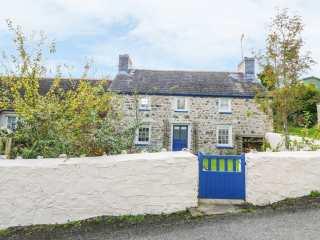 2 bedroom Cottage for rent in St Dogmaels