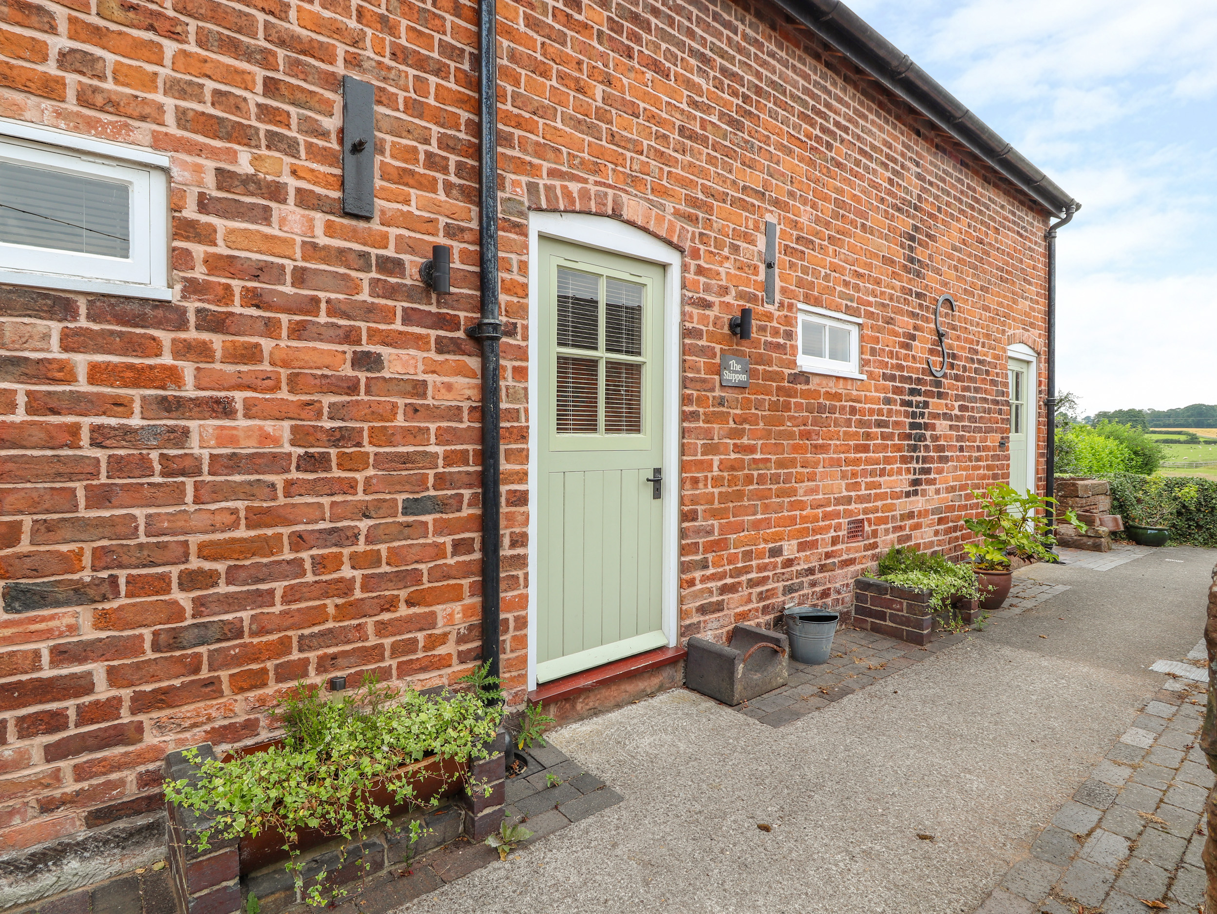 2 bedroom Cottage for rent in Tarporley