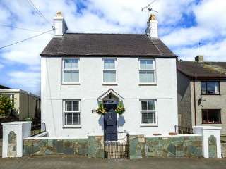 3 bedroom Cottage for rent in Holyhead