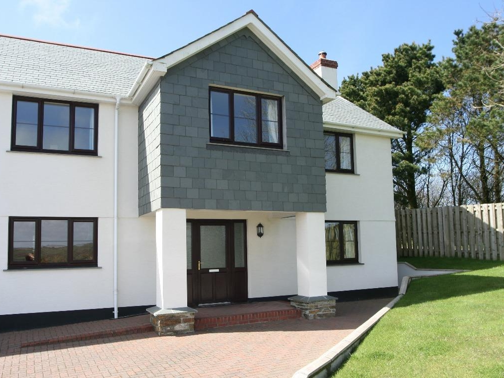 4 bedroom Cottage for rent in Camelford