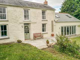 4 bedroom Cottage for rent in Truro