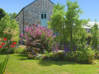 3 bedroom Cottage for rent in Praa Sands