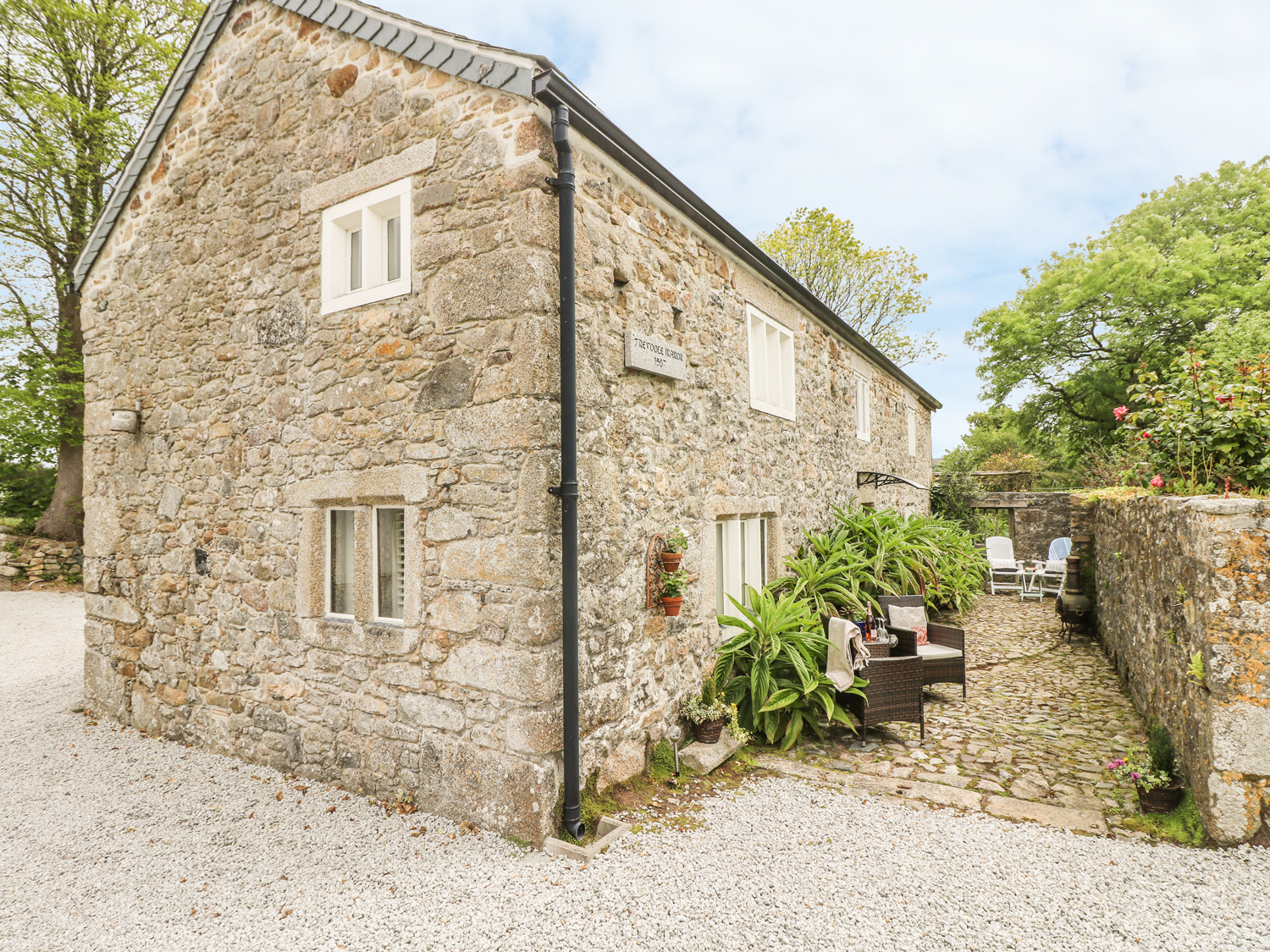 1 bedroom Cottage for rent in Camborne