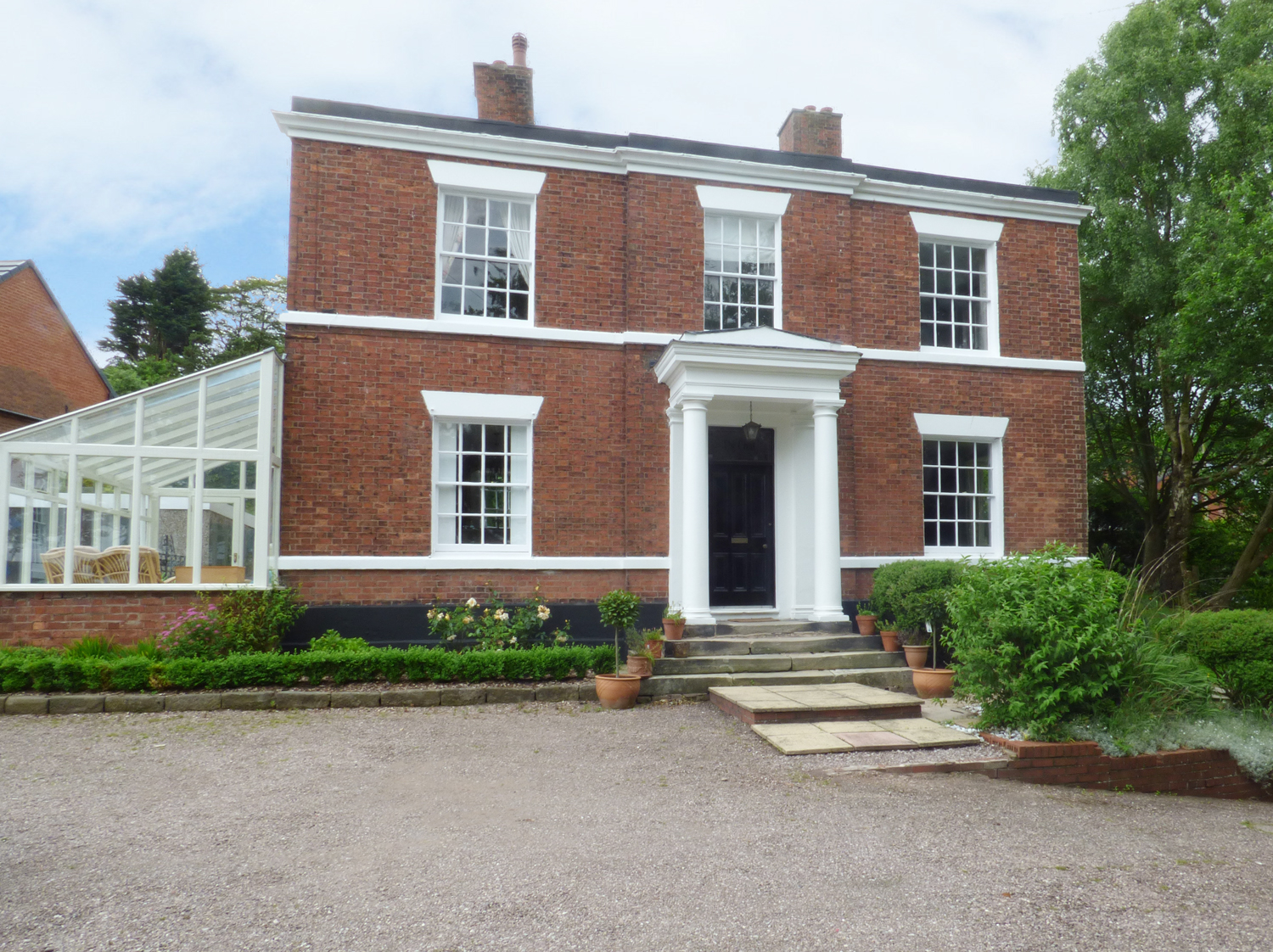 4 bedroom Cottage for rent in Cheadle