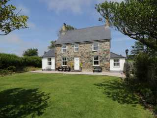 5 bedroom Cottage for rent in Pwllheli
