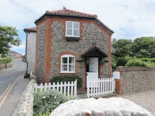 2 bedroom Cottage for rent in Mundesley