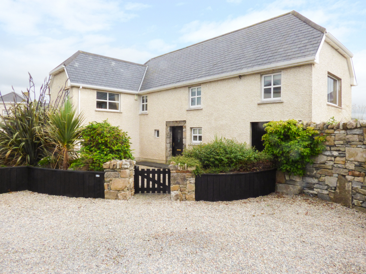 5 bedroom Cottage for rent in Bundoran