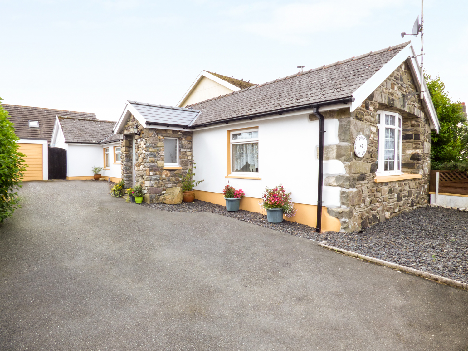 3 bedroom Cottage for rent in Fishguard