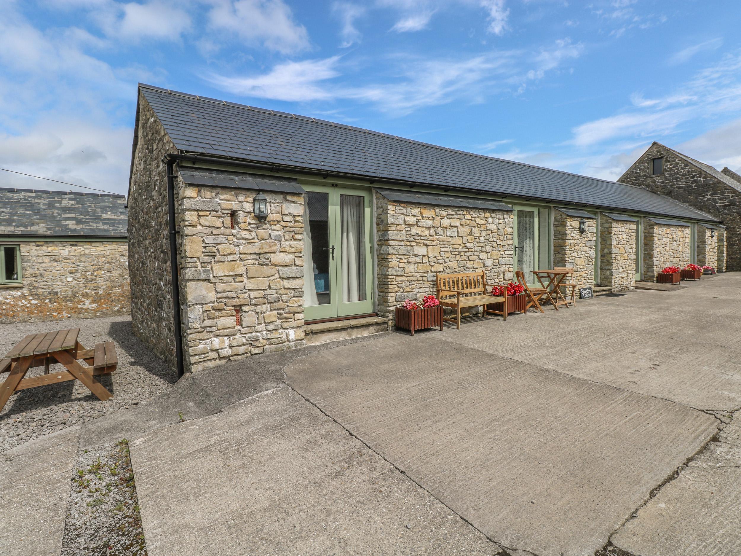 2 bedroom Cottage for rent in Cowbridge