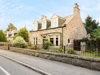 4 bedroom Cottage for rent in Aboyne