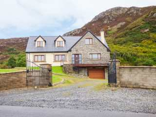 7 bedroom Cottage for rent in Kerrykeel