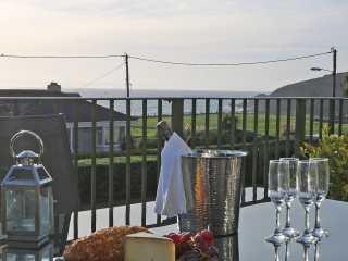2 bedroom Cottage for rent in Praa Sands