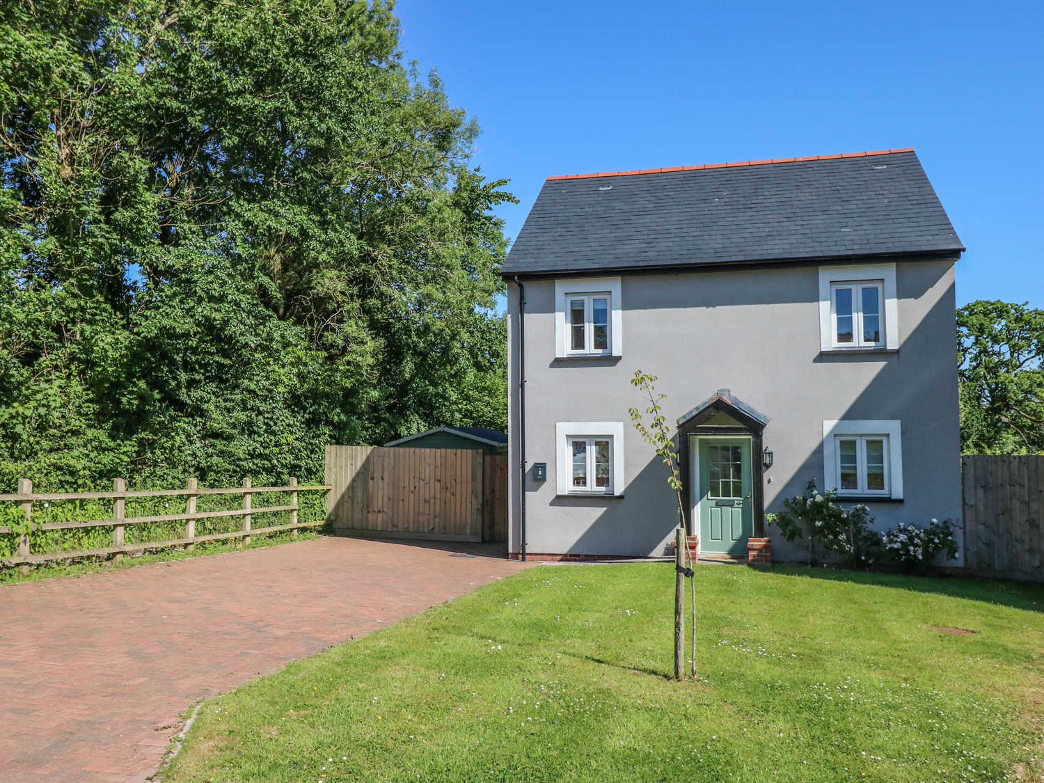 3 bedroom Cottage for rent in St Clears
