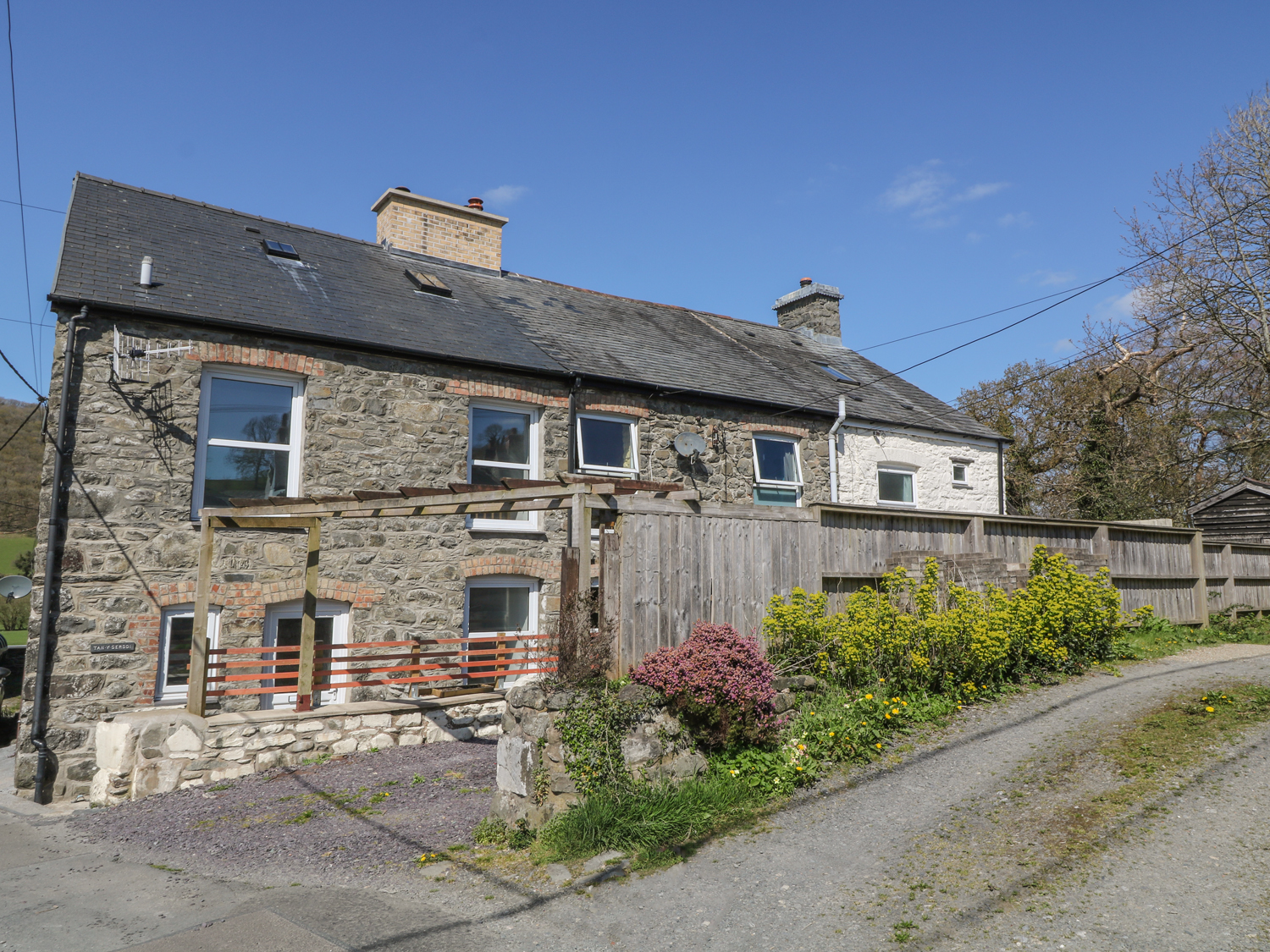 1 bedroom Cottage for rent in Machynlleth