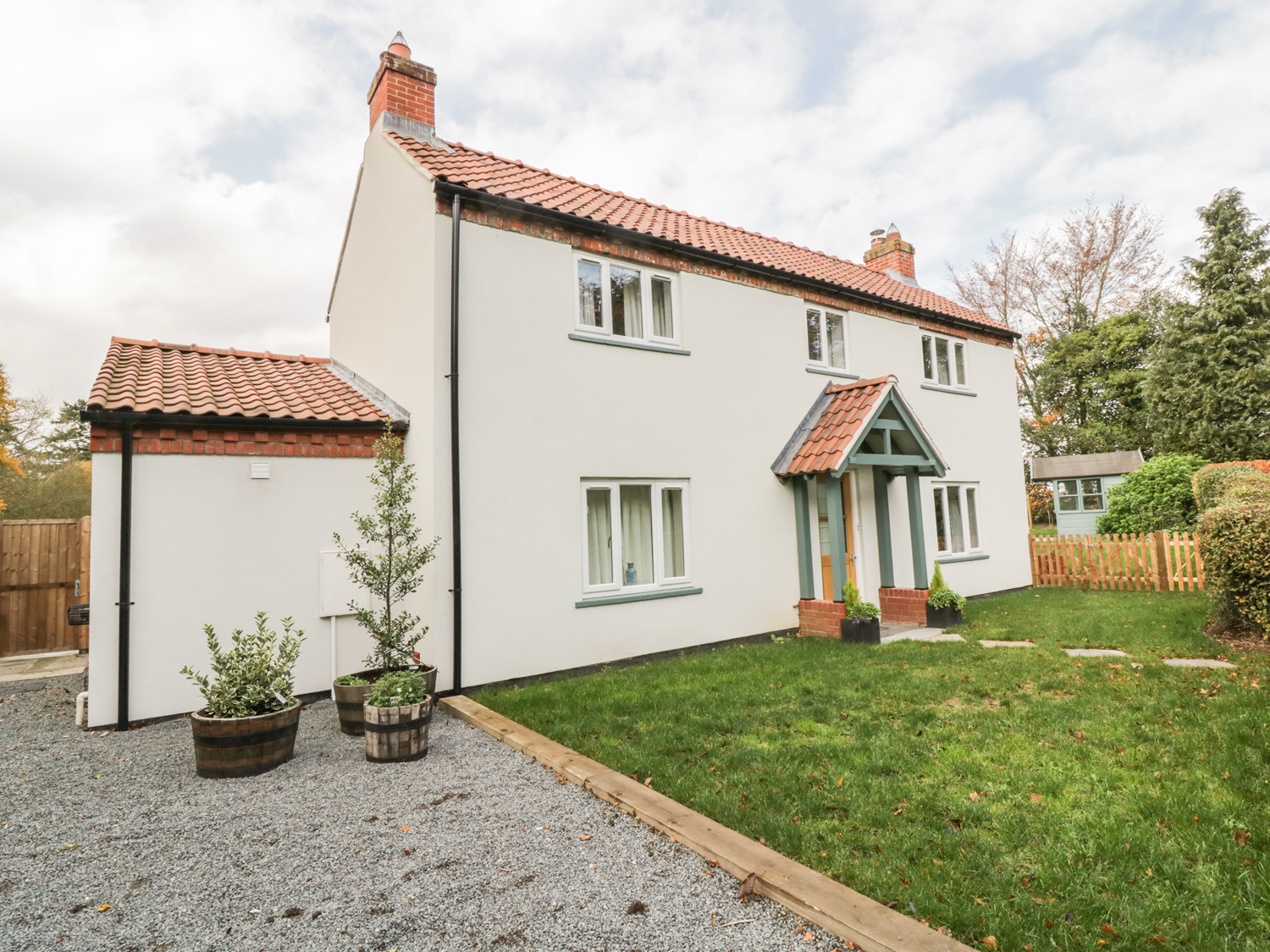 4 bedroom Cottage for rent in Norwich