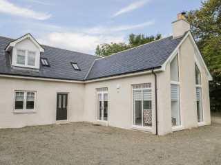 4 bedroom Cottage for rent in Sandend
