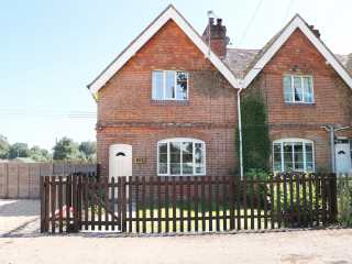 3 bedroom Cottage for rent in Brockenhurst