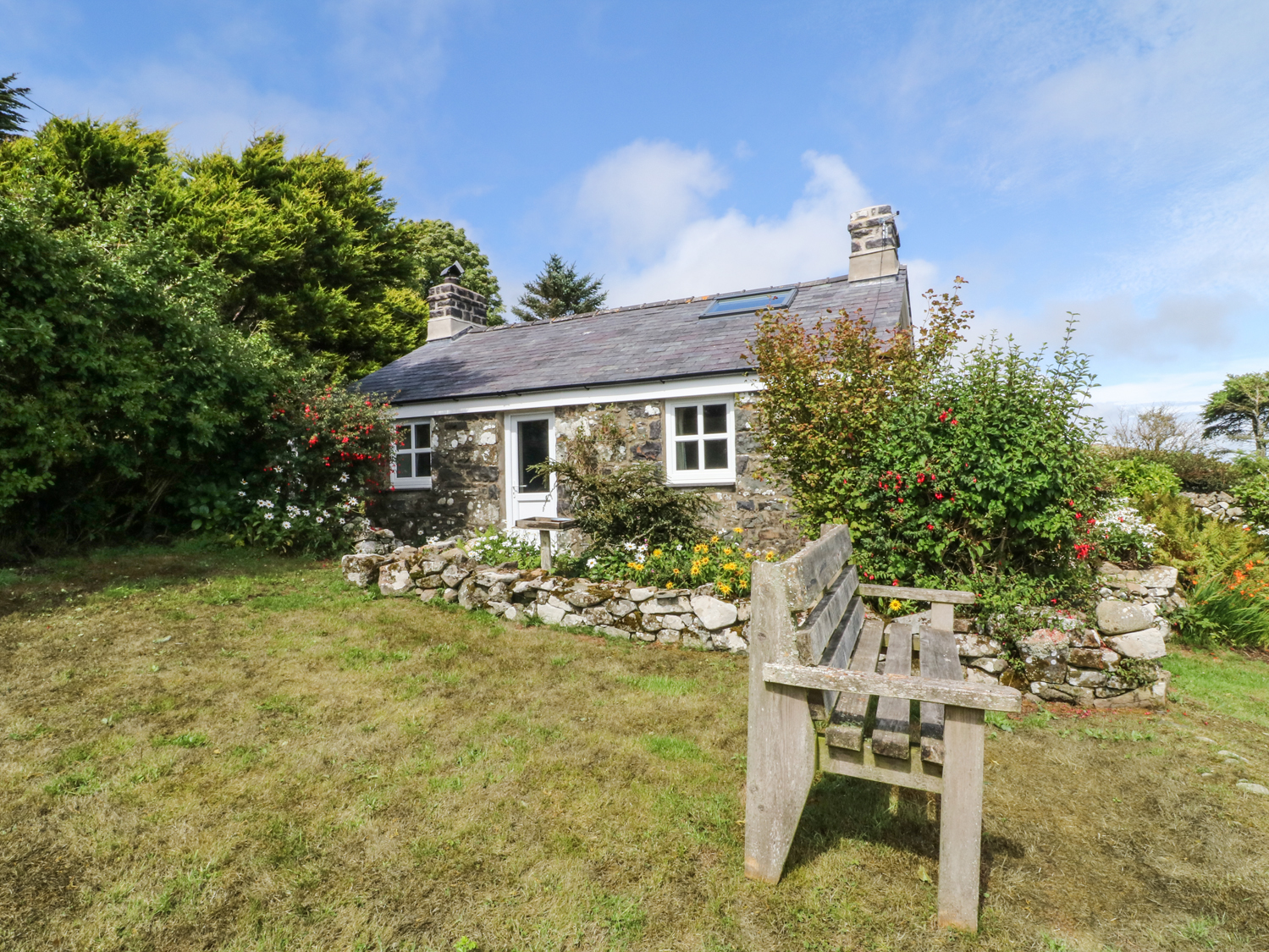 3 bedroom Cottage for rent in Aberdaron
