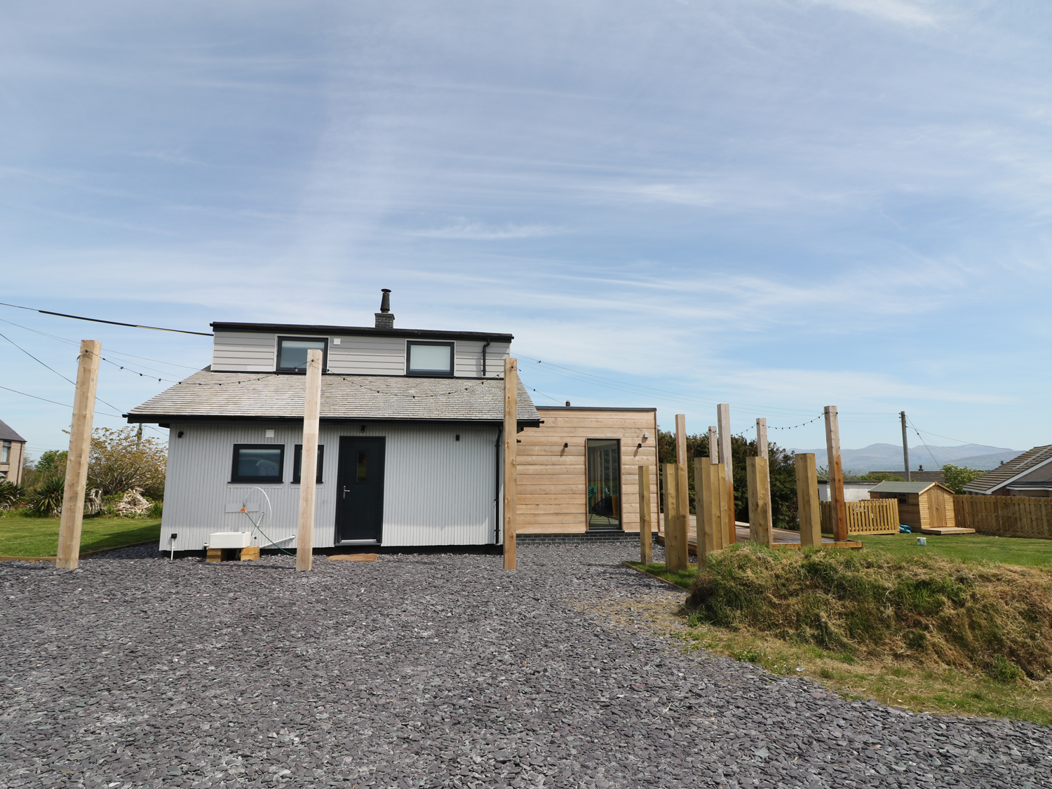 4 bedroom Cottage for rent in Newborough
