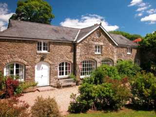 5 bedroom Cottage for rent in Tavistock