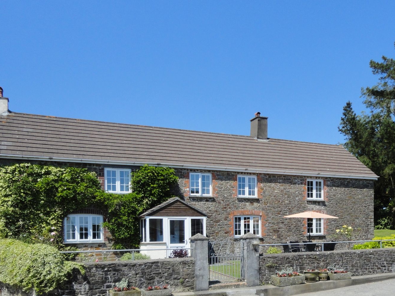 4 bedroom Cottage for rent in Holsworthy