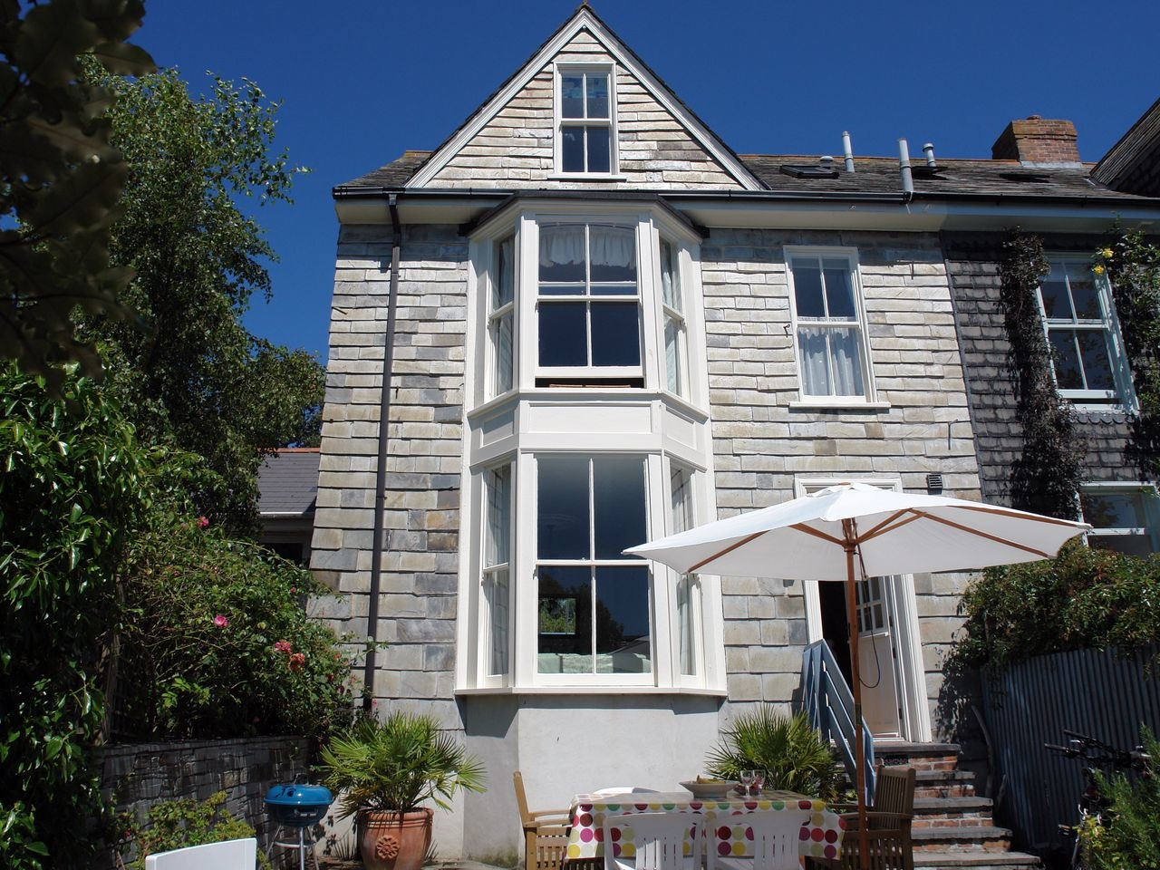 4 bedroom Cottage for rent in Padstow