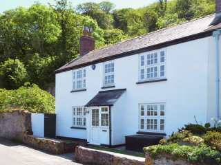 4 bedroom Cottage for rent in Whitsand Bay