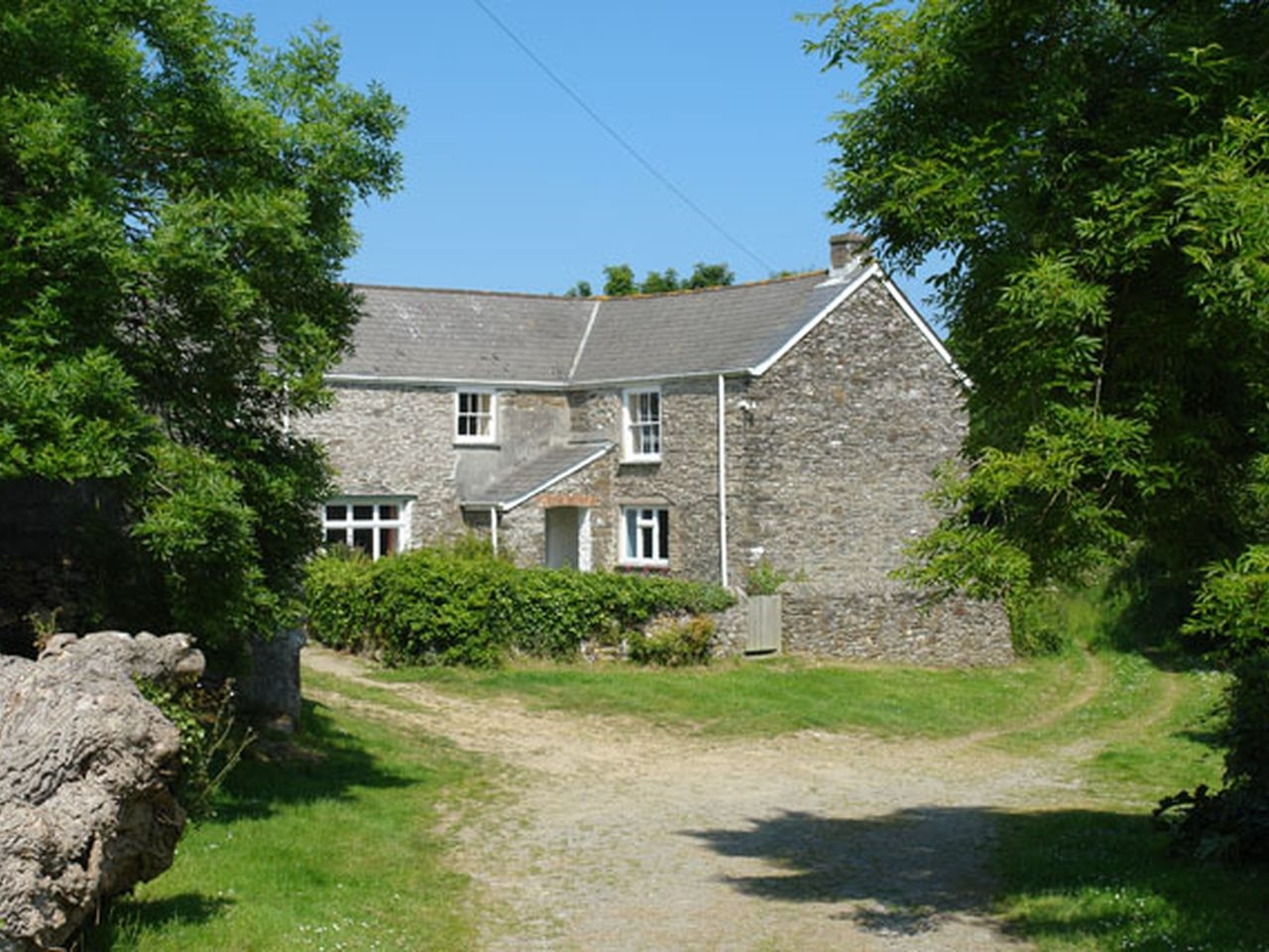 4 bedroom Cottage for rent in Veryan