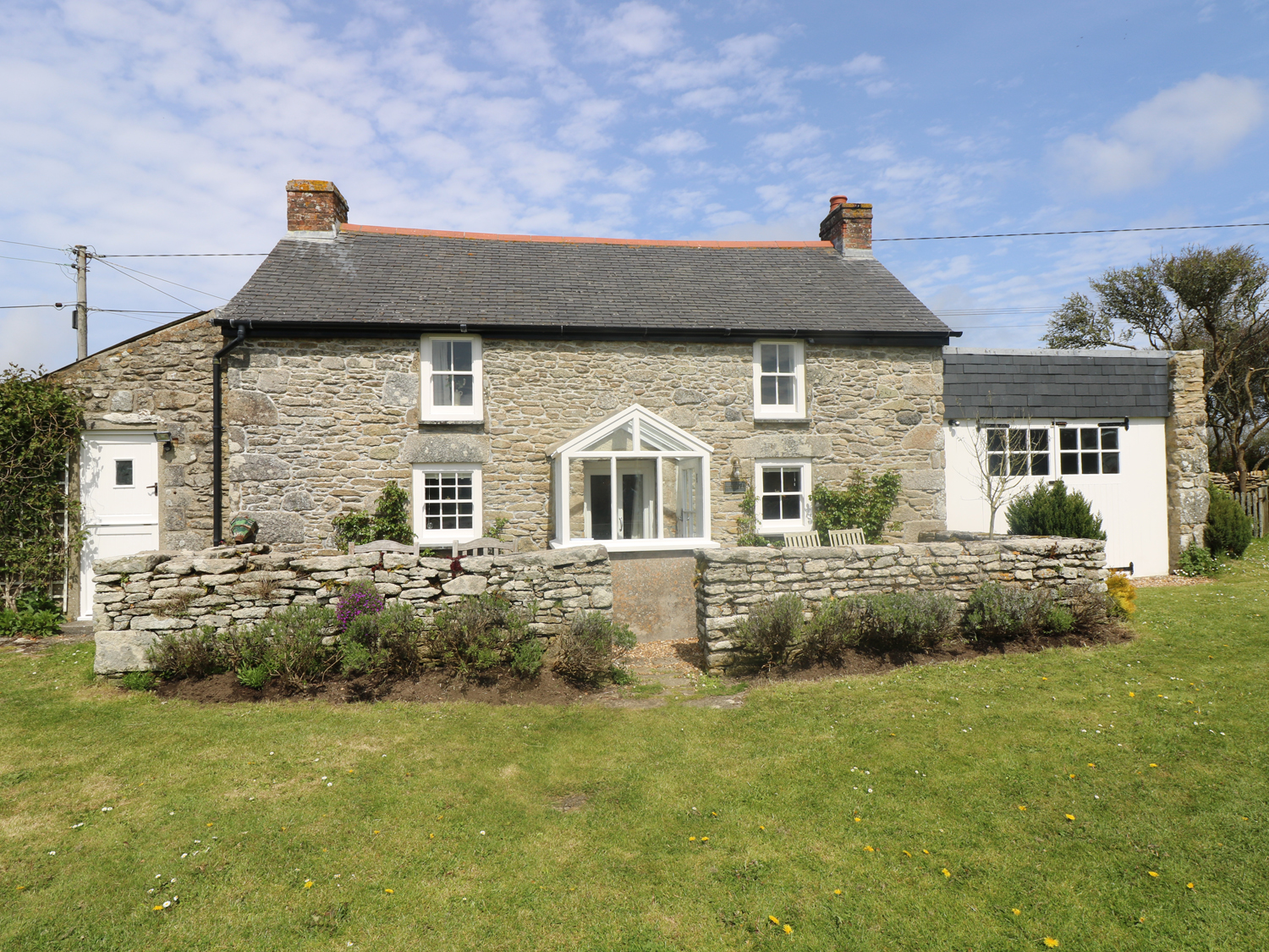 4 bedroom Cottage for rent in Porthleven