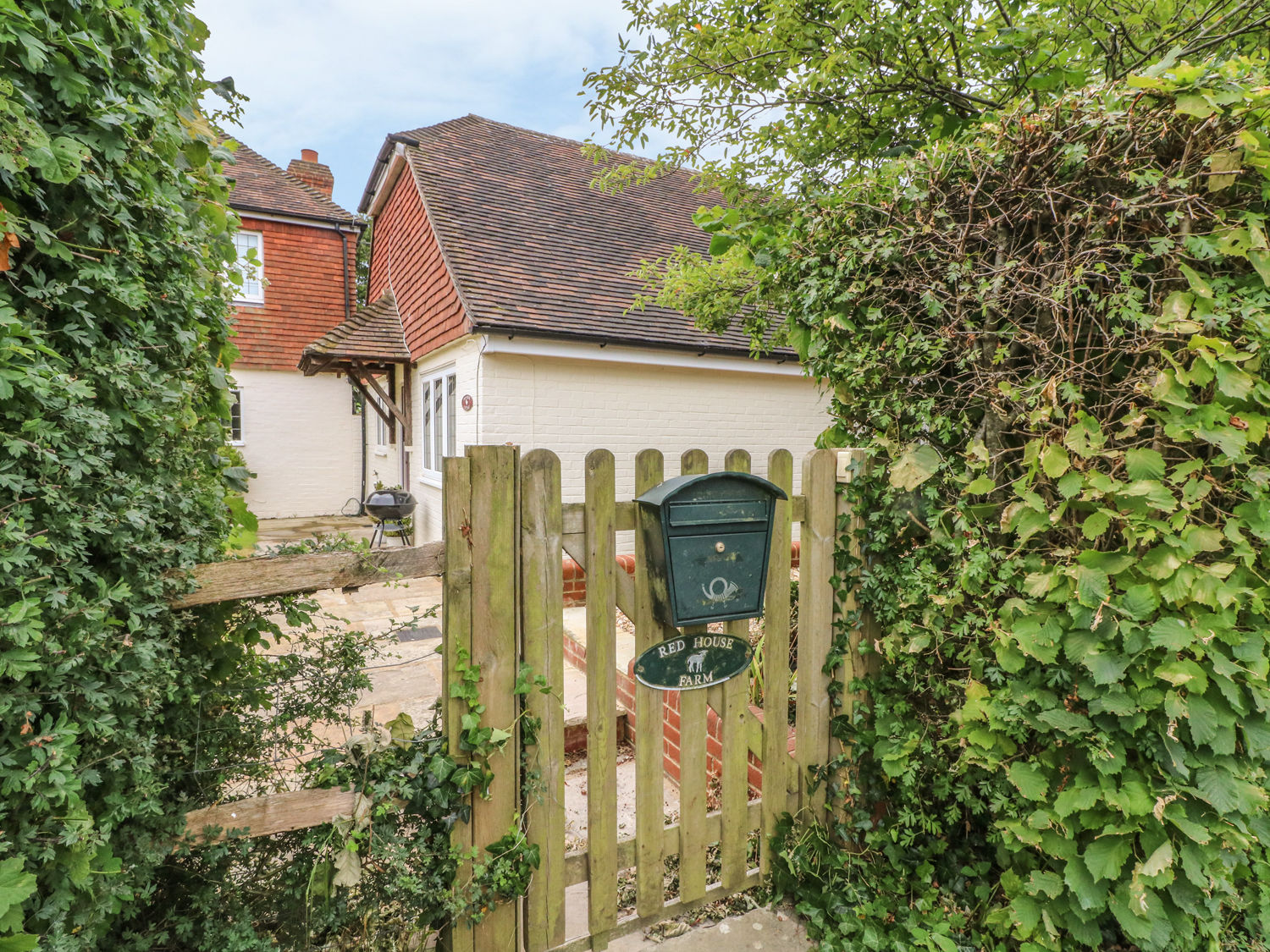 2 bedroom Cottage for rent in Heathfield