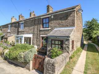 2 bedroom Cottage for rent in Marple