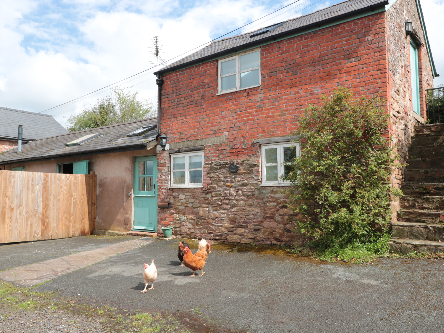1 bedroom Cottage for rent in Usk